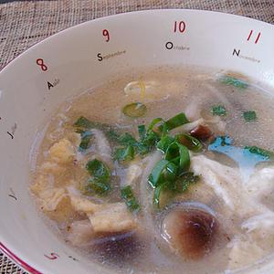 シメジともやしの中華卵スープ