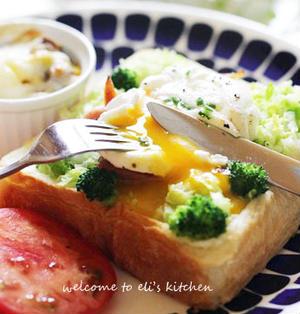 巣ごもりたまごトーストで朝ごぱん。