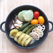 トースターで簡単野菜づくしの豪華アヒージョ(なす、レンコン、オクラ、ミニトマト、にんにく、エリンギ)
