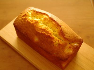 中までしっとりほんわり美味♪簡単りんごのパウンドケーキ
