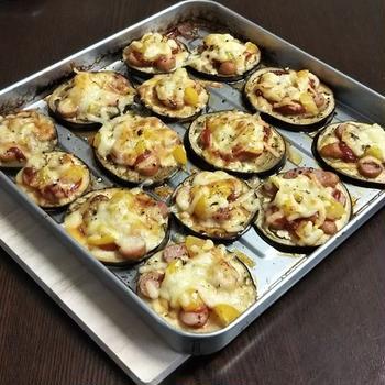 【糖質オフ】トースターで作る、米ナスとイエローアイコのピザ風(茄子とミニトマト)
