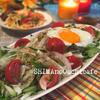 タイ風卵焼きのせピリ辛パクチードレサラダ