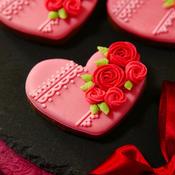 クローブにシナモンも香る♪いつもありがとう☆おつかれさまバレンタインのココアクッキーdeアイシングクッキー