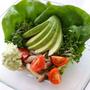 アボカドとブロッコリースプラウトのサラダ
