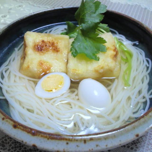揚げだし豆腐の巣ごもり卵 うりのあんかけ