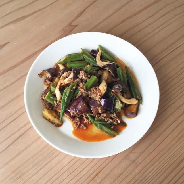 豚ひき肉と野菜のオイスターソース炒め