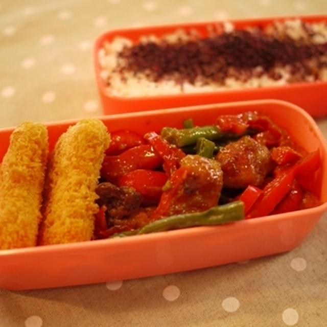 鶏肉といんげんのテンメンジャン炒め弁当