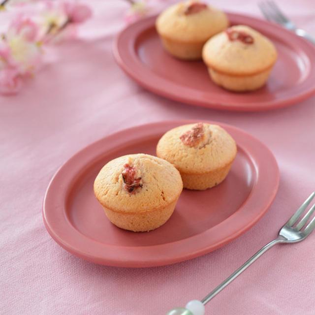 桜のバターケーキ。【春の焼き菓子・甘塩スイーツ・簡単ラッピング】