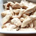 人気のサラダチキンの作り方。レンジで簡単やわらかレシピ。