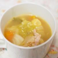 ローリエを使って野菜たっぷりのスープを…