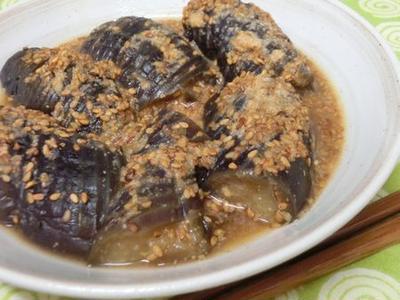 隠し味に柚子胡椒☆ ほどよい刺激がウマ♪ なすのごま味噌煮