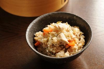 ツナと塩昆布の炊きこみご飯