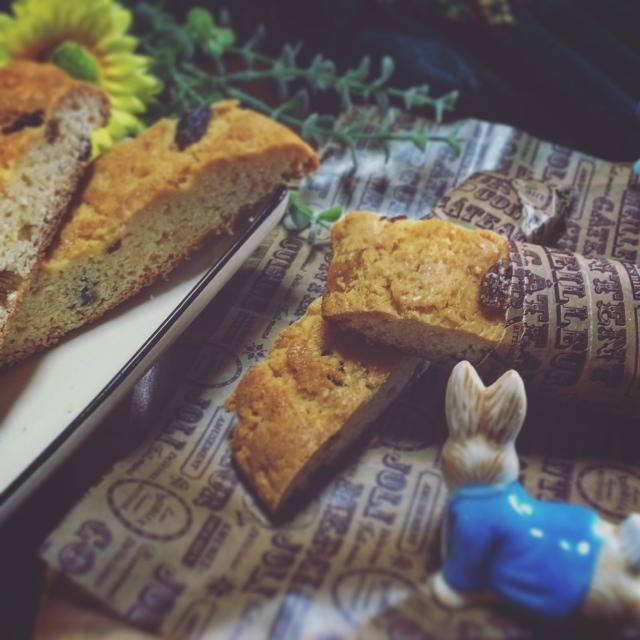 ホットケーキミックスとヨーグルトで☆ドライフルーツ漬けビスコッティ