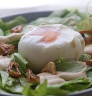 自宅で簡単&お店の味 半熟卵のサラダ
