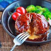 ♡とろ〜りチーズハンバーグ♡【#簡単レシピ#ひき肉#時短#節約】