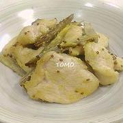 節約料理♪鶏胸肉とゴボウのマヨマスタード炒め