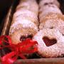 バレンタインにどうぞ☆赤いジャムクリームのLinzerクッキー。