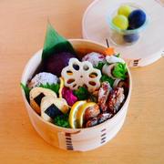 秋刀魚の竜田揚げ+三角にぎりの卵焼きの旦那くん弁当*海苔の保存について