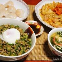 塩もみキュウリの韓国風炒め〜ビビンバ風丼〜とキムチ焼きそば