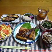 【夕食】サーモンちらし寿司・さばの開き・焼き茄子…