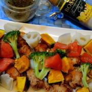 鶏天と野菜ををたっぷり盛り付けて☆爽やかなレモンジンジャードレッシング添え♪