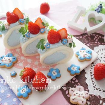 ネモフィラブルーnaロールケーキとネモにゃんアイシングクッキー♡