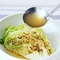 ヤマキの基本のだしを使った、春キャベツの簡単レシピ