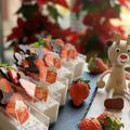 カップで可愛く一人前~苺ヨーグルトケーキ・・クリスマスバージョンです