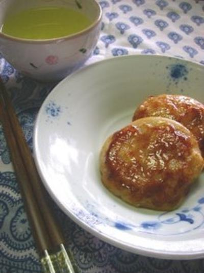 カリカリ美味しい あぶら餅