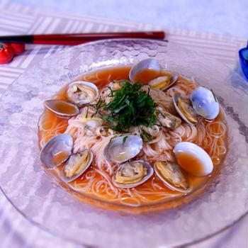 トマトの冷製ボンゴレ素麺(あさりの味噌汁リメイク)