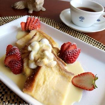 とろーりWチョコソースのフレンチトースト♪焼きマシュマロ&イチゴを添えて♡