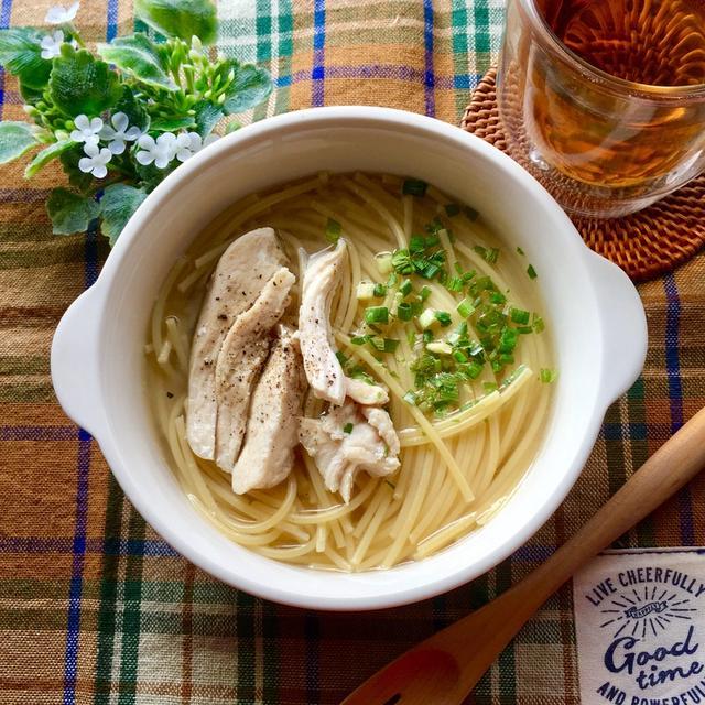 【レシピ】鶏胸肉の茹で汁で! 簡単レンジパスタ
