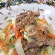 豚肉と野菜のガーリック味噌炒め、パプリカのきんぴら 664円!
