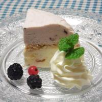 チーズとブルーベリーの2色アイスケーキ