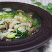 青梗菜と素干し海老のピリ辛スープ