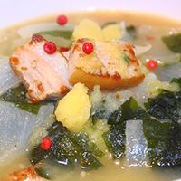 モニタ当選:わかめスープでポトフ作り