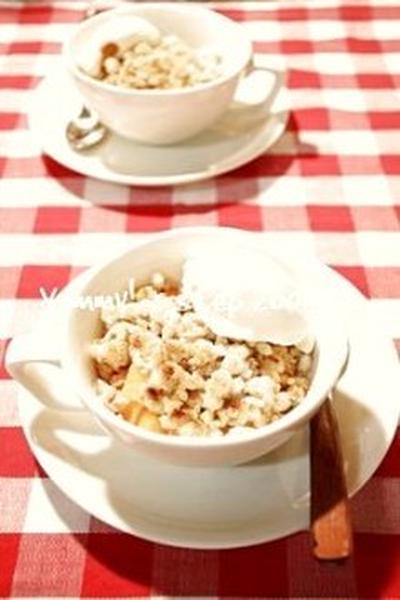 寒い日のデザートに♪アツアツフルーティーなホットデザート、柿クリスプ