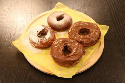 ホットケーキミックで!!2種類のドーナツを作ろう!!