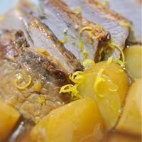豚ロース肉の甘生姜煮込み、柑橘の香り