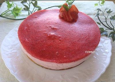 長男の誕生日に作った「イチゴのムースケーキ」