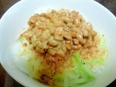 残りご飯で簡単☆新玉ねぎたっぷり塩麹納ご飯