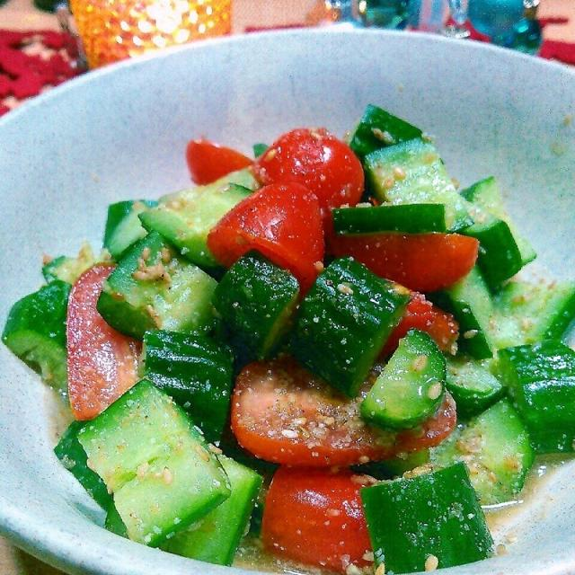 プチトマトときゅうりのクリスマスカラーサラダ