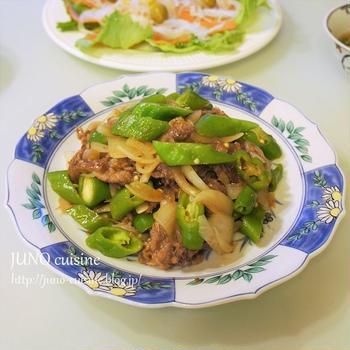 合わせ調味料で簡単中華♪☆牛肉と万願寺とうがらしの中華風炒め☆