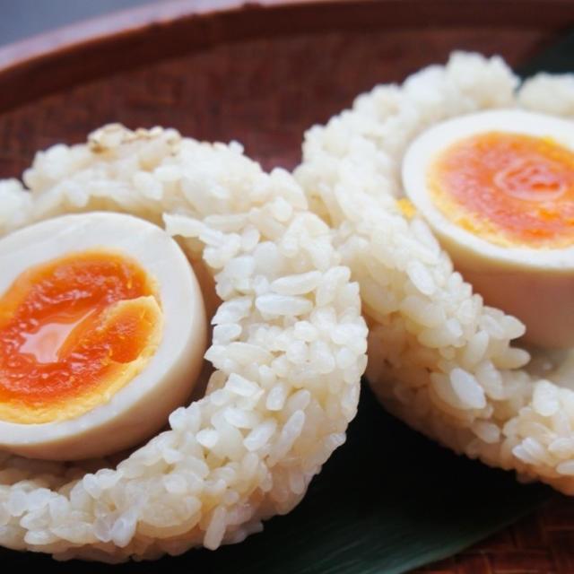 食べてびっくり半熟卵!?玉めし