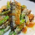 秋刀魚と野菜のクスクス入りサラダ、マーラージャン風味