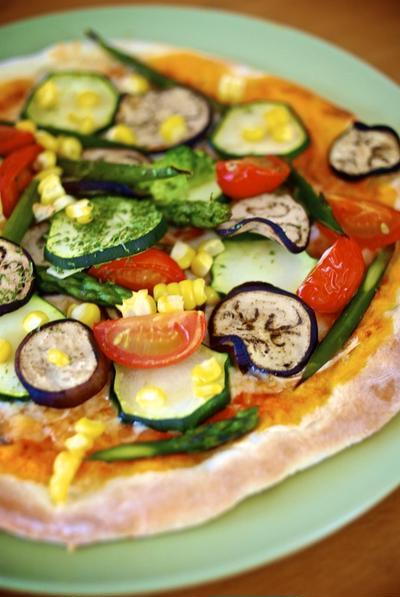 彩り夏野菜のピッツァ