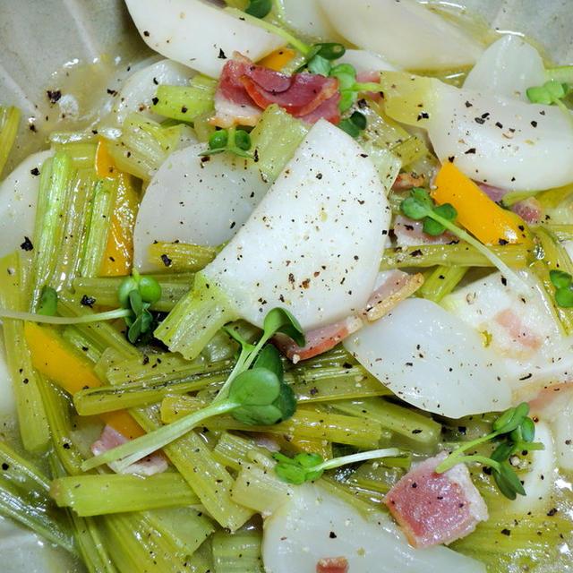 蕪とベーコンの柚子胡椒風味 と 京都の漬物「すぐき」♪