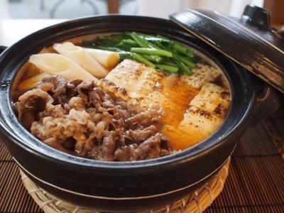 ボリューム満足☆肉豆腐。