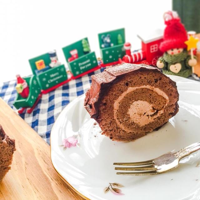 お久しぶりのクリスマスロールケーキ