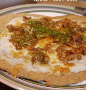 醤油麹納豆と長芋のピザ